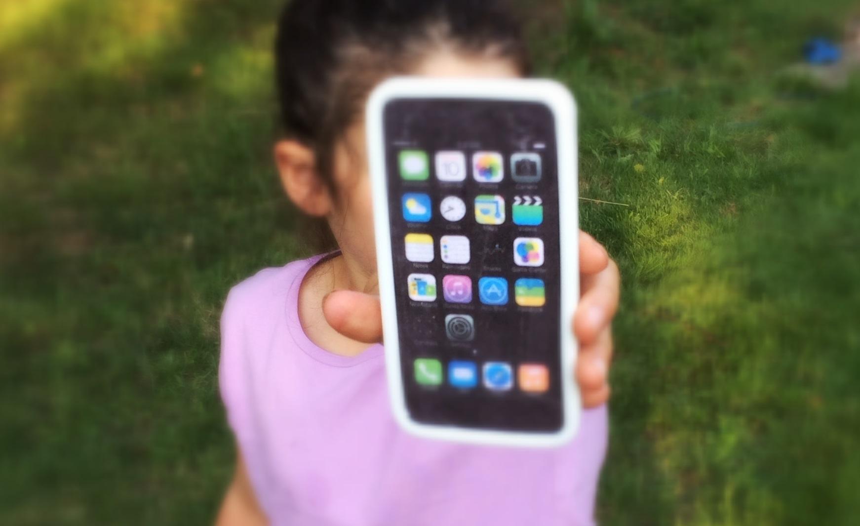 diy   un iphone pour enfants