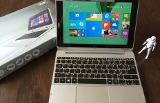 Acer Aspire Switch 10  mode PC