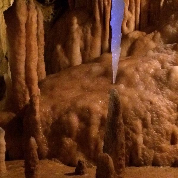 Grotte du grand roc, future colonne