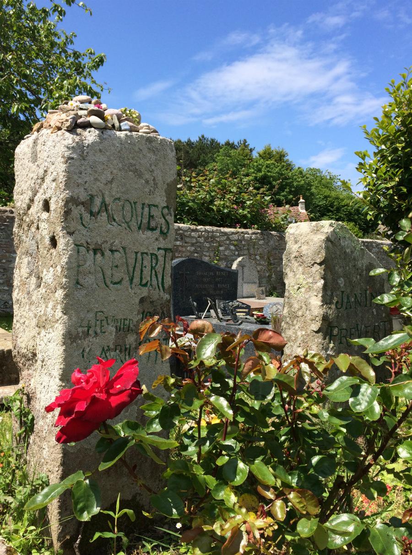Omonville-la-petite tombe de Prevert