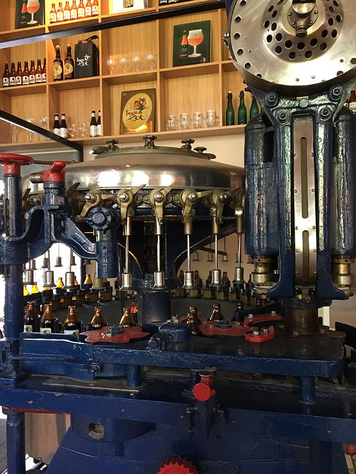 Bruges visite brasserie bouteilles