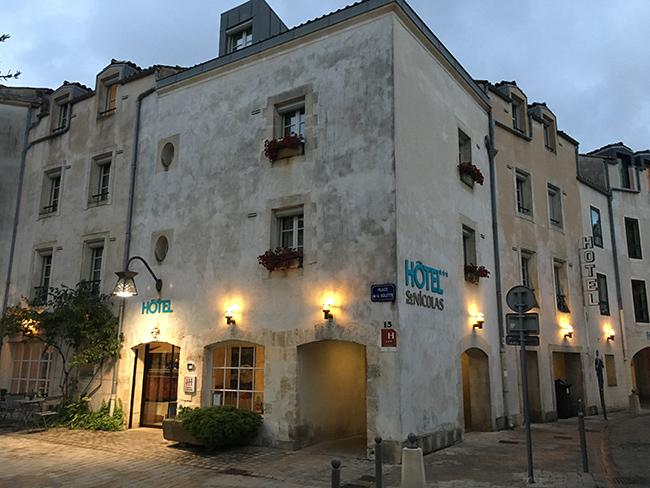 Hôtel la Rochelle St Nicolas