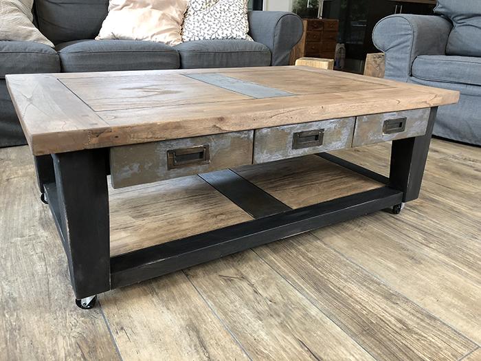 mes relooking de meuble dans le style industriel. Black Bedroom Furniture Sets. Home Design Ideas